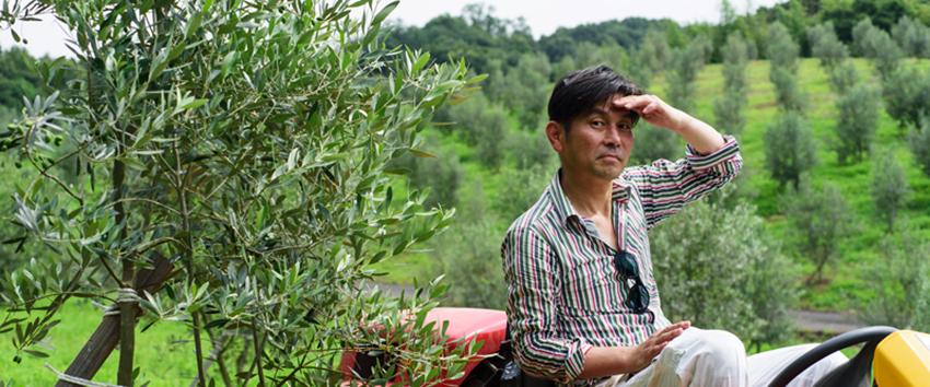 至極のオリーブオイルを作る「オキオリーブ 澳 敬夫さん」農園をコミュニティーの場に